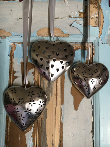Decorative metal heart with heart cutout, medium - Home Bee