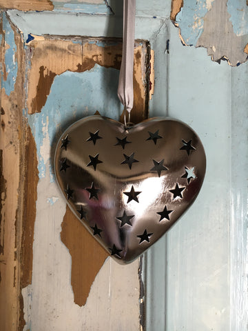 Decorative metal heart with star cutout, large - Home Bee