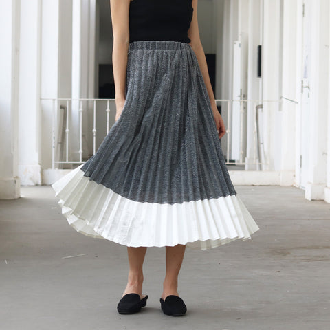 Zalea Pleated Skirt (1 LEFT)