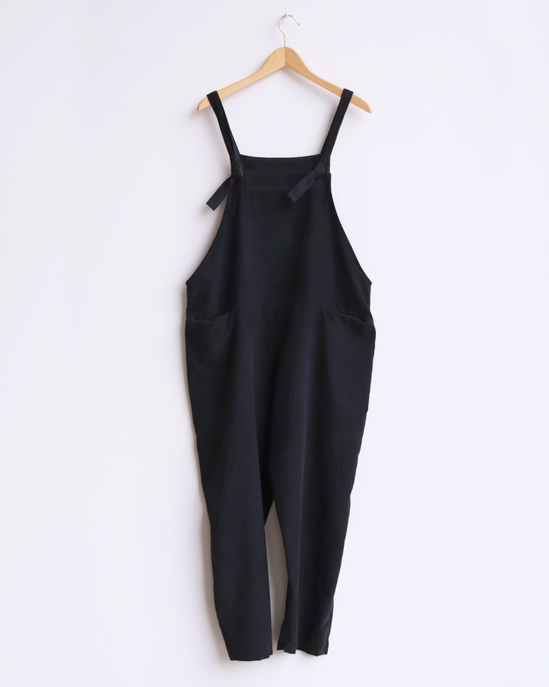 Load image into Gallery viewer, Delia Corduroy Dungarees - Black