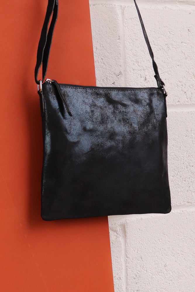 Large Crossbody Bag - Black - Ollie & Nic