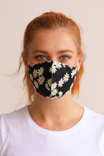 Daisy Floral Facemask - Black - Ollie & Nic