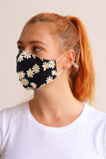 Daisy Floral Facemask - Black