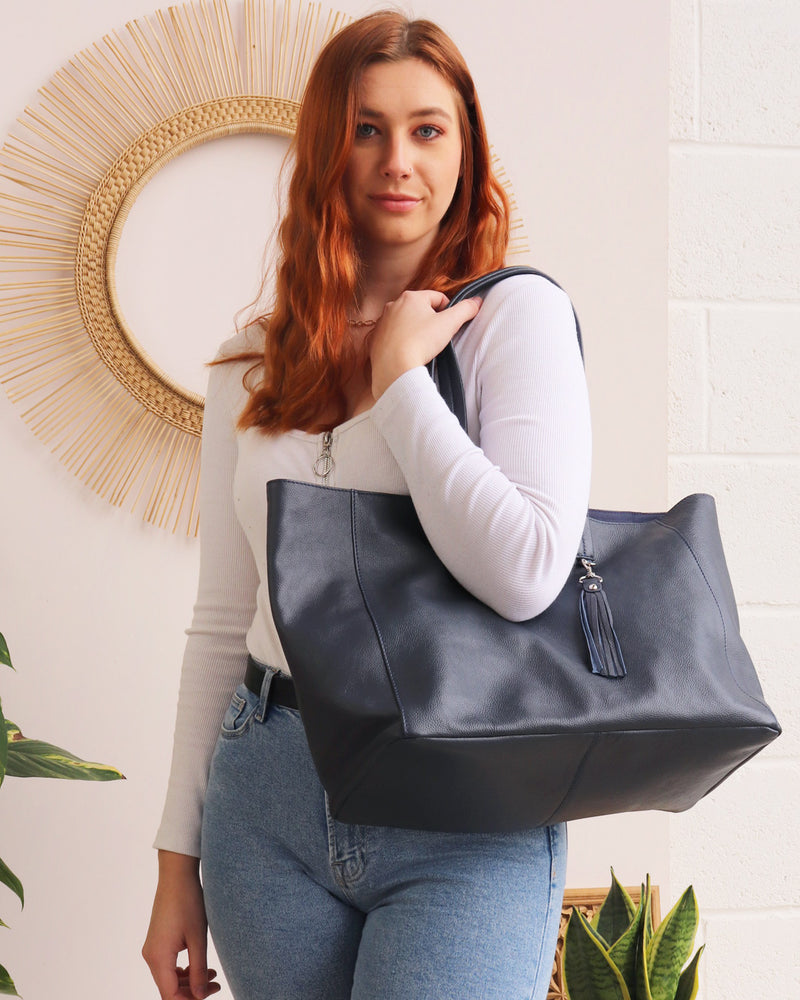 Load image into Gallery viewer, Olivia Tote - Navy