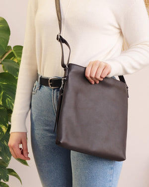 Rosa Crossbody - Chocolate