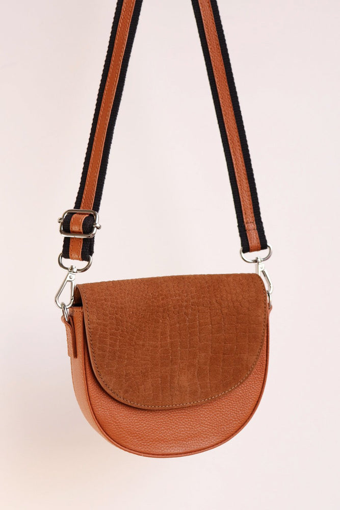 Moon Crossbody - Tan - Ollie & Nic