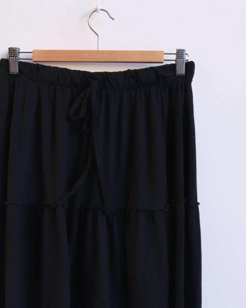 Load image into Gallery viewer, Maya Midi Tiered Skirt - Black