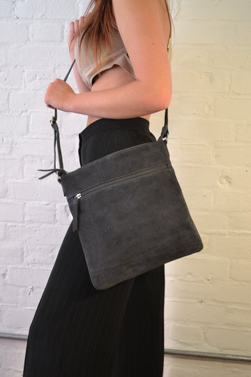 Hill + How - Large Cross Body Bag - Grey