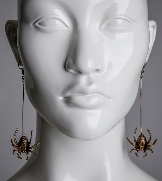 Spider earrings / Antiqued brass dangle spider earrings