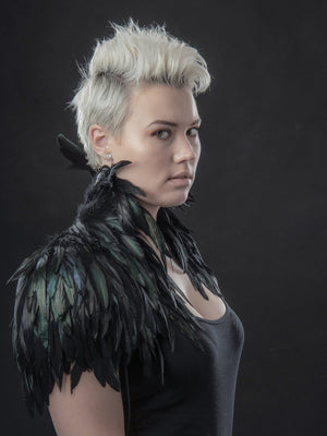 Feather shrug / Black feather shoulder piece
