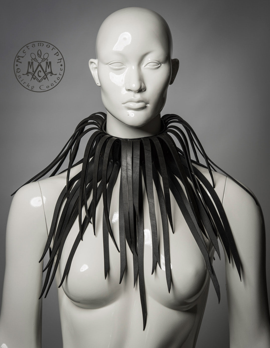 Rubber fringe collar