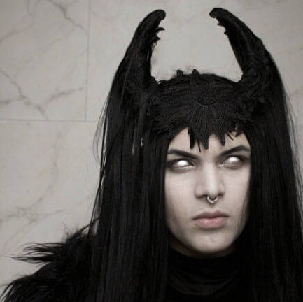 Black horn strega headdress / Vampire crown with hair and lace