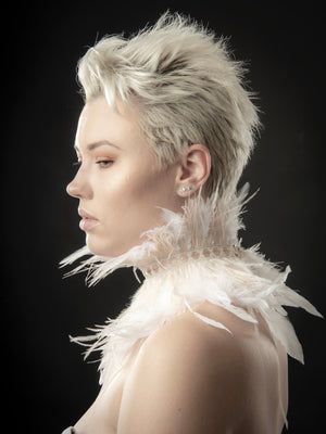 White ostrich feather fringe collar