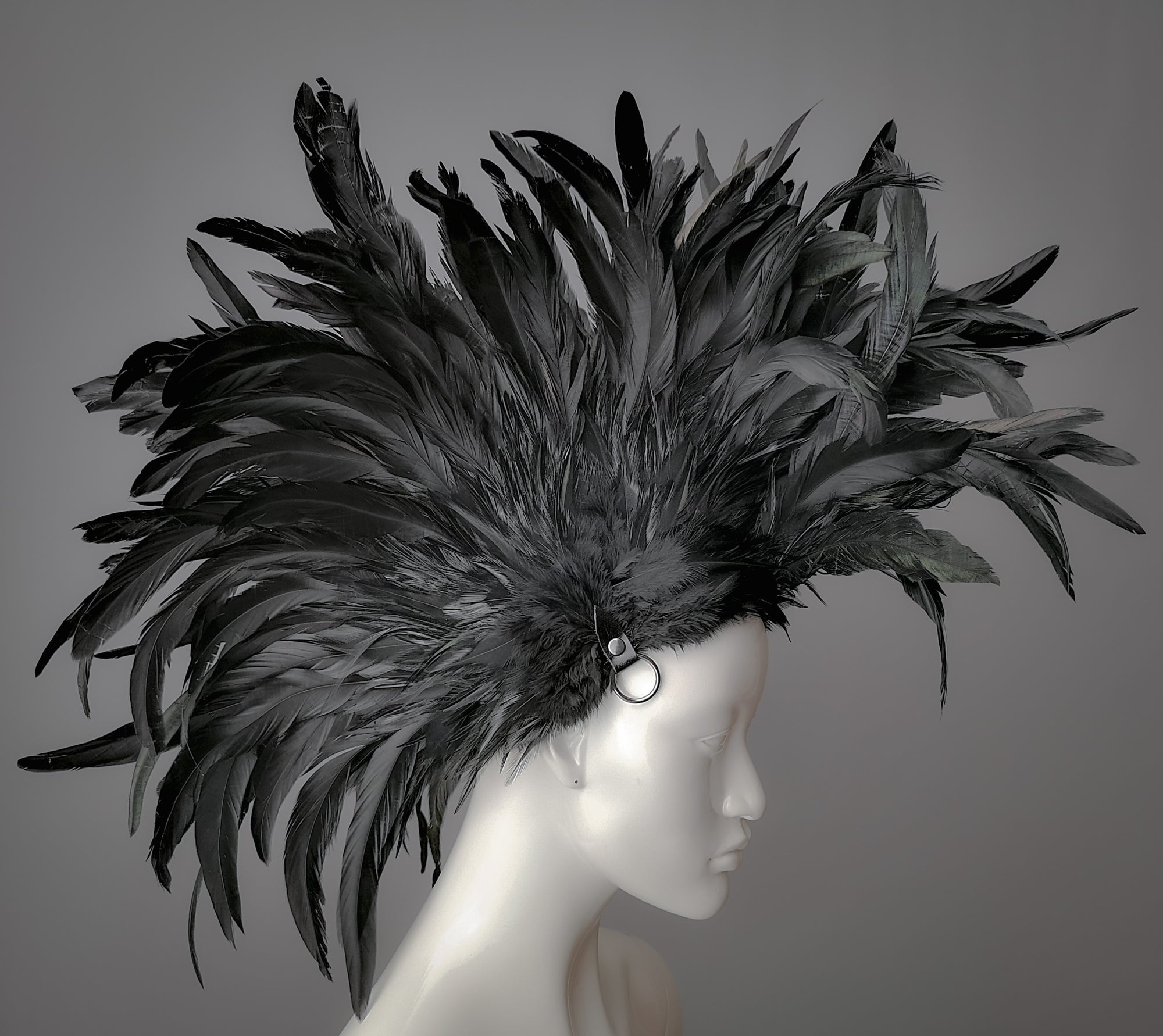 Punk headdress / Black feather Mohawk style headdress with gunmetal o rings / Rooster feather wasteland mohawk  / bdsm feather mohawk / Mad Max headdress /  Crow headdress / Bird costume headdress / Feather art wig