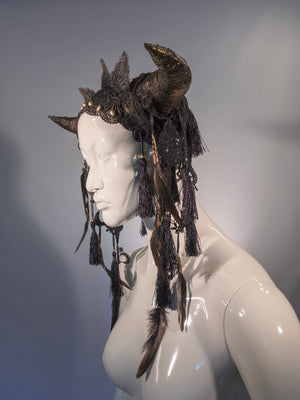 Golden horn headdress / Bull horn headpiece / Dark fusion crown / Gothic ox horn headdress / Halloween headdress / LARP