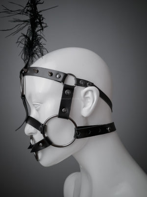 Burlesque face harness with gunmetal o rings / Circus show pony play bridle head harness with ostrich feather / Bdsm black leather face harness