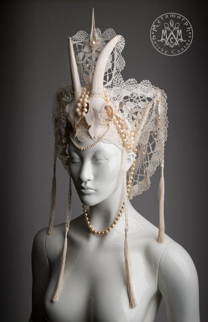 Goat skull headdress / Cream white horned headpiece with vintage lace, beads and tassels / Pagan wedding crown / Burning man skull headpiece