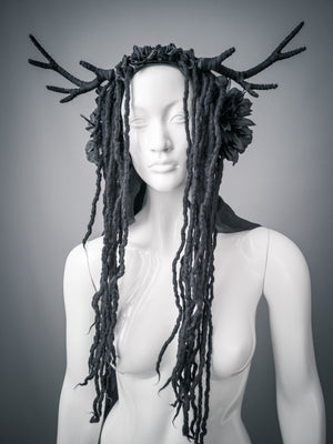 Tribal antler headdress with silk veil / Horned goddess wreath with wool dreads / Black deer headdress / Strega horned headdress / larp