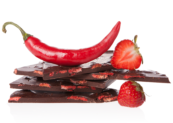 Adoratio Organic Handbroken Chocolate Strawberry & Chili - www.chocolateandmoredelights.com