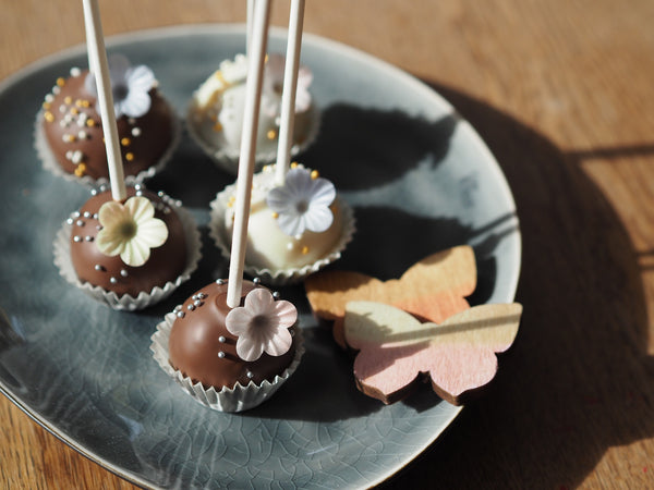 Cake Pops - Chocolate & More Delights