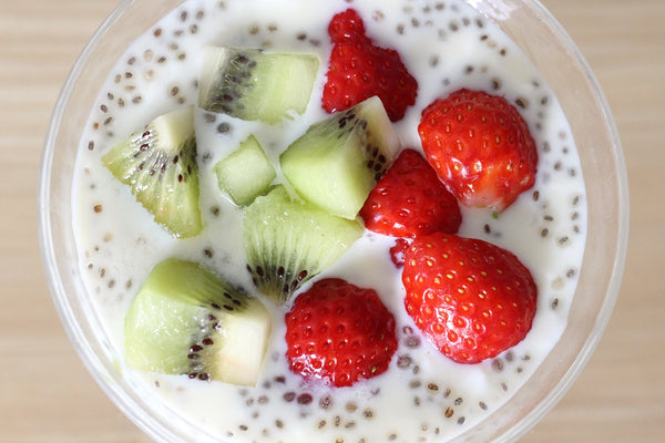 Chia Pudding with Strawberries - www.chocolateandmoredelights.com