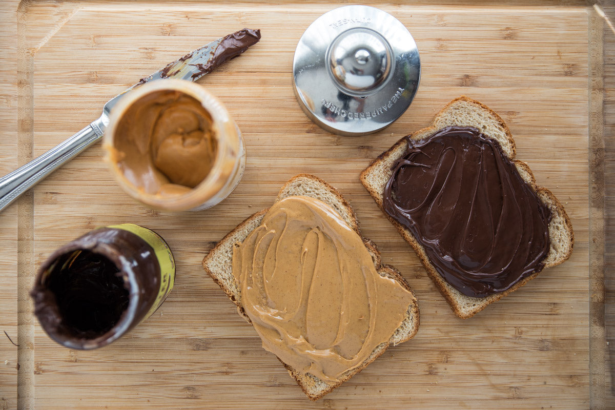Peanut Butter & Chocmeister Crustless Sandwich - spread your coordinating toppings