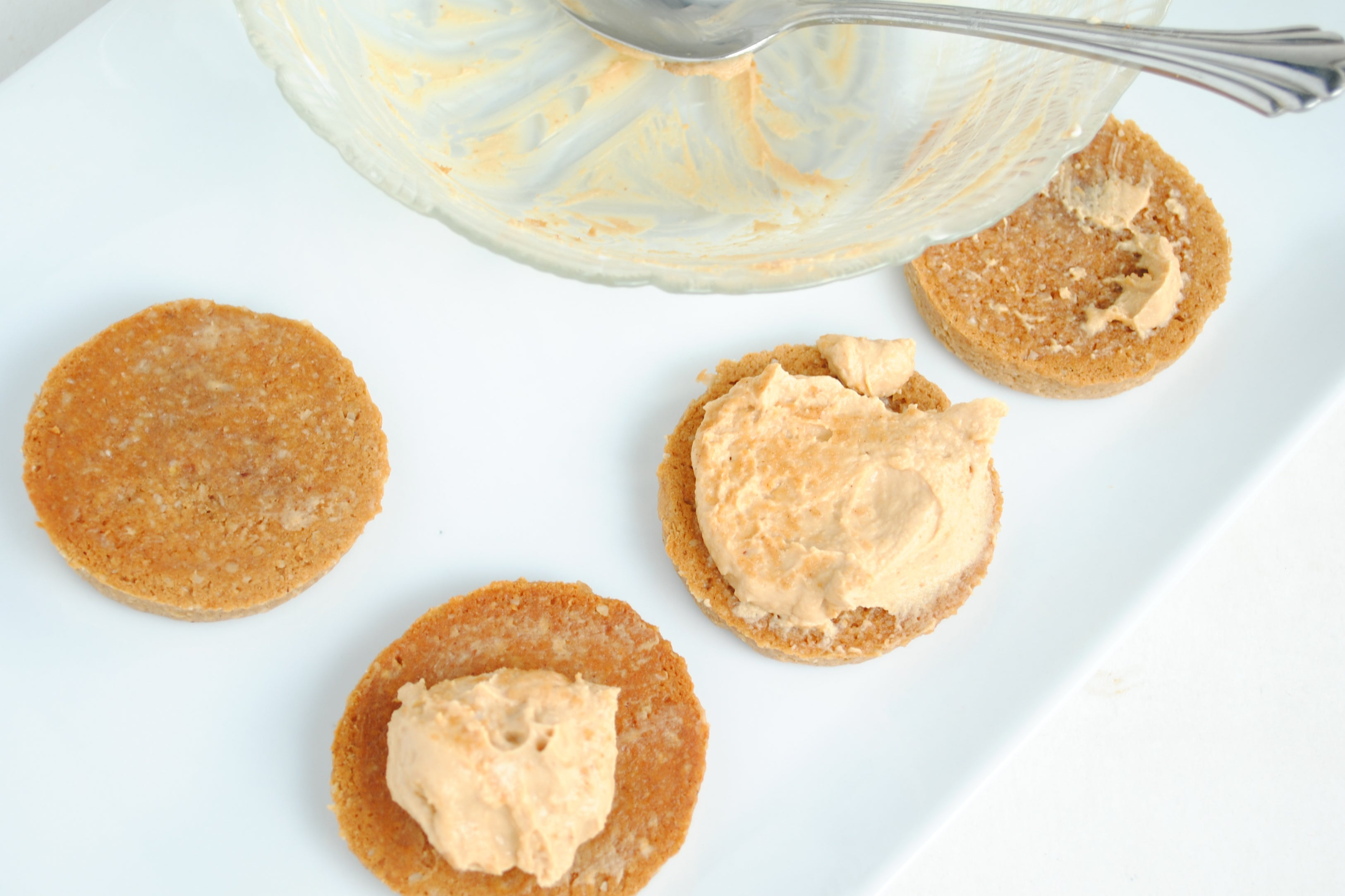 Double Peanut Butter Sandwich Cookies - Place about 1 1/2 tbsp. of filling into the middle 7 of the cookies