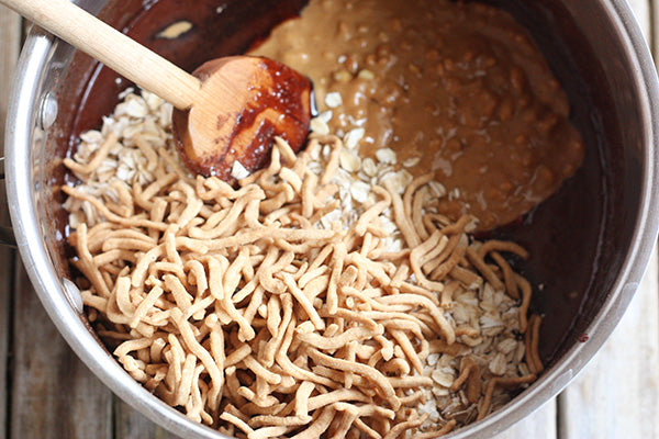 oats and chow mein noodles