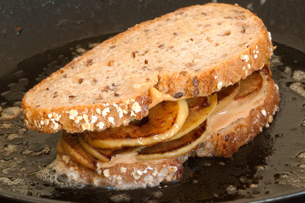 Grilled Apple Peanut Butter Sandwiches
