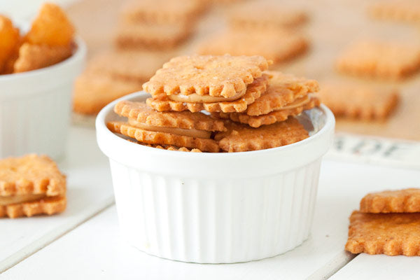 Peanut-Butter-Cheese-Cracker-Sandwiches