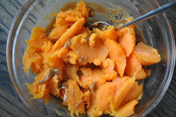 Twice Baked Cinnamon Raisin Swirl Sweet Potatoes - Place in the peanut butter mixture and mix well