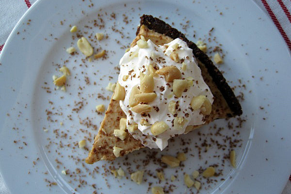 "Peanut Butter ""Ice Cream"" Pie with Chocolate Cookie Crumb Crust - Turn the peanut butter filling into the chilled pie crust"