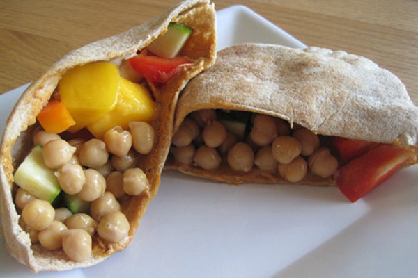 Mango-Chickpea Pita with Peanut Butter Dressing