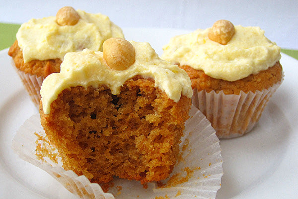 Peanut Butter Cupcakes with Pumpkin Cream Cheese Frosting