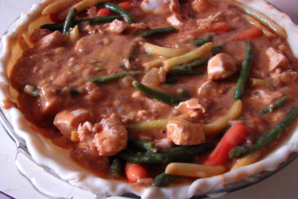 Peanutty Massaman Chicken Pot Pie - Fill pie shell with curry and top with mashed potatoes