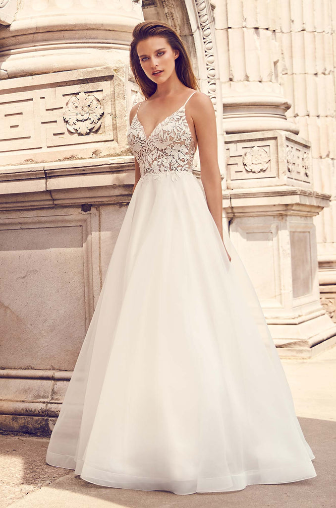 Mikaella - 2225 - Wedding Dress - Novelle Bridal Shop