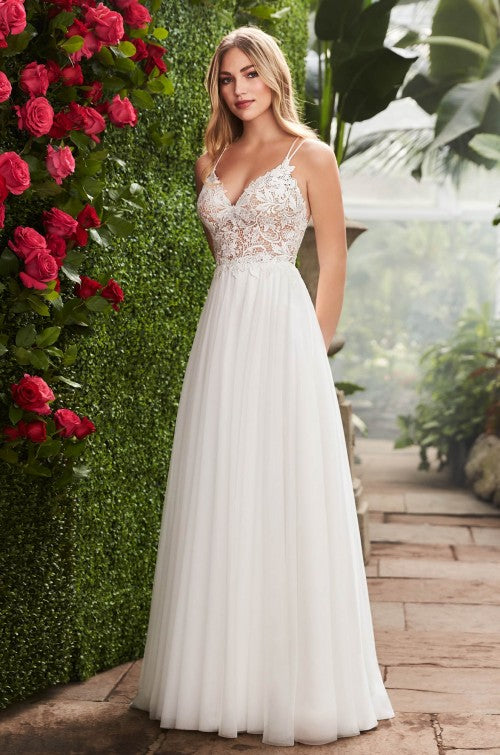 Mikaella - 2258 - Wedding Dress - Novelle Bridal Shop