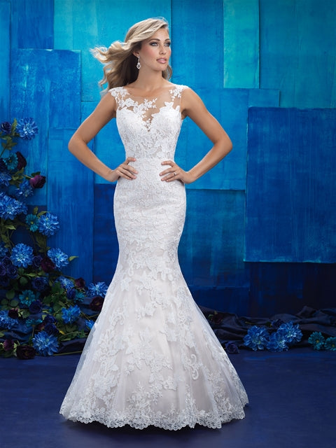 Allure - 9422 - Wedding Dress - Novelle Bridal Shop