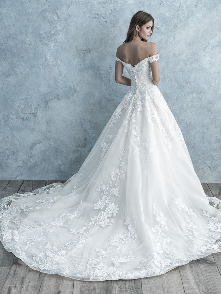 Allure - 9681 - Wedding Dress - Novelle Bridal Shop