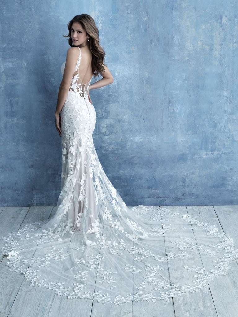 Allure - 9716 - Wedding Dress - Novelle Bridal Shop