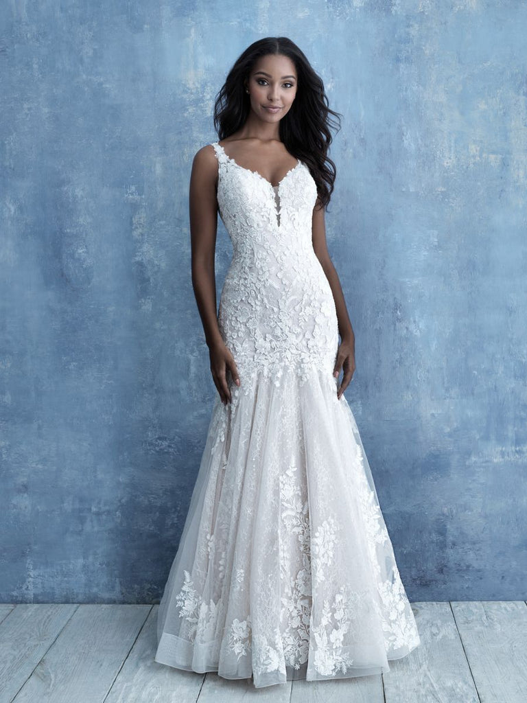 Allure - 9725 - Wedding Dress - Novelle Bridal Shop