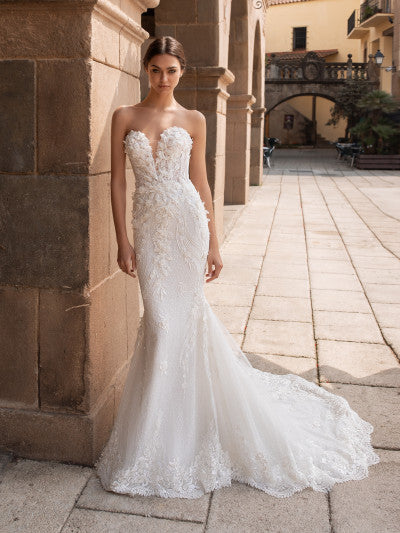 Pronovias - Aethra - Wedding Dress - Novelle Bridal Shop