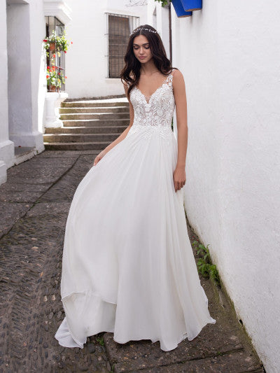 Pronovias - Eridani - Wedding Dress - Novelle Bridal Shop