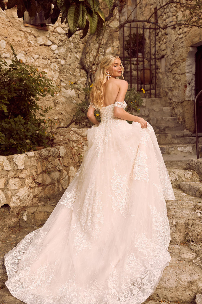 Madi Lane - Havilah - Wedding Dress - Novelle Bridal Shop