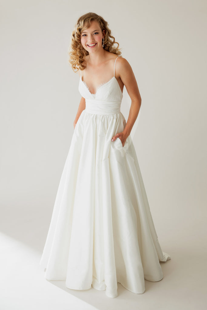 Astrid & Mercedes - Lovely - Wedding Dress - Novelle Bridal Shop
