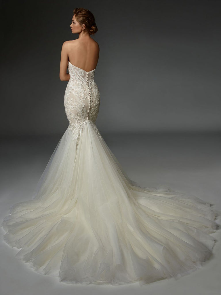 ÉLYSÉE - Thierry - Wedding Dress - Novelle Bridal Shop