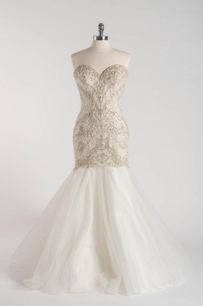 Allure - C362 - Wedding Dress - Novelle Bridal Shop