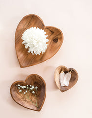 Acacia Wood Heart Trays | The little Market