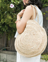 Round Raffia Tote In Natural | The Little Market
