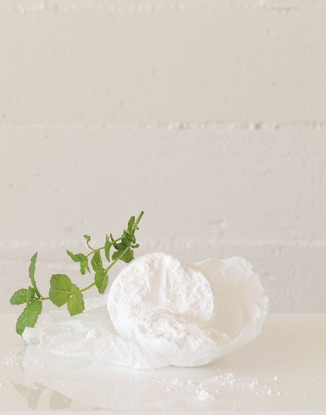 Peppermint Scented Bath Bomb | The Little Market